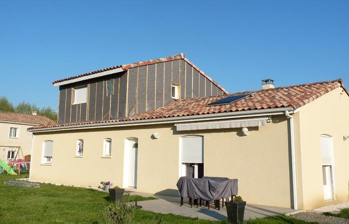 10 Surelevation Roques Parepluie Bardage in Surélévation Roques sur Garonne (31)