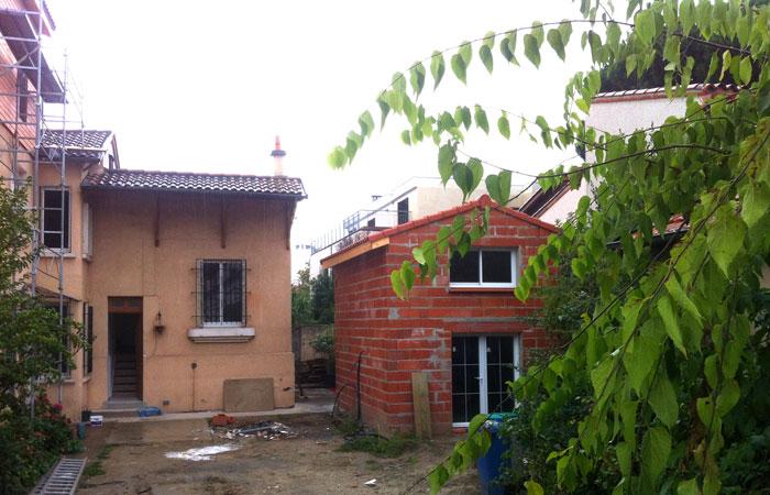 11 Construction-briques-Annexe in Surélévation, extension et rénovation de maison Toulouse centre (31)