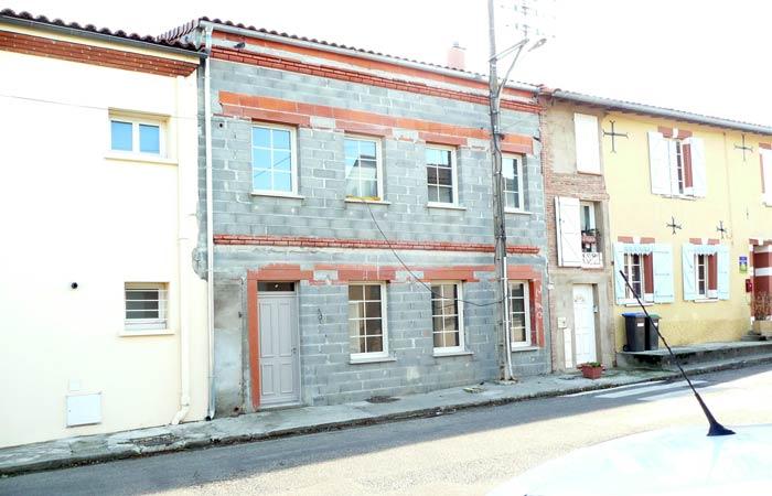23 Facade-cote-rue-surelevee Avant-enduit in Construction maison Aussonne (31)