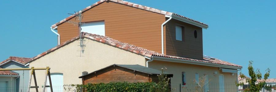 Surélévation de maison et bardage composite bois