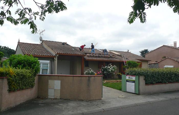 01-Surelevation-Launaguet-Ouverture-toiture in Surélévation maison à Launaguet (31)