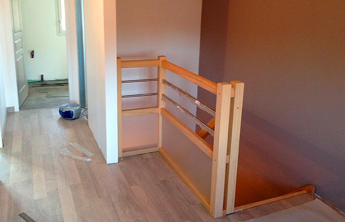 0999-SURELEVATION-LAUNAGUET-escalier in Surélévation maison à Launaguet (31)