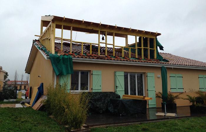 Surelevation bois maison ventana blog for Agrandir sa maison en ossature bois