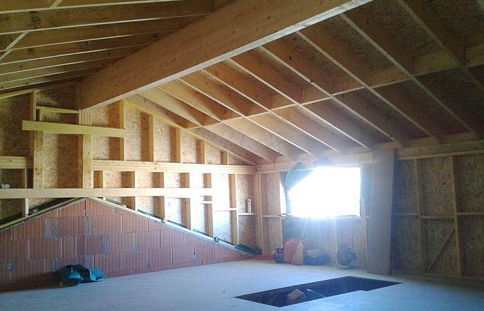 13 SURELEVATION-MAISON-AUSSONNE-plancher in Surélévation maison à Aussonne