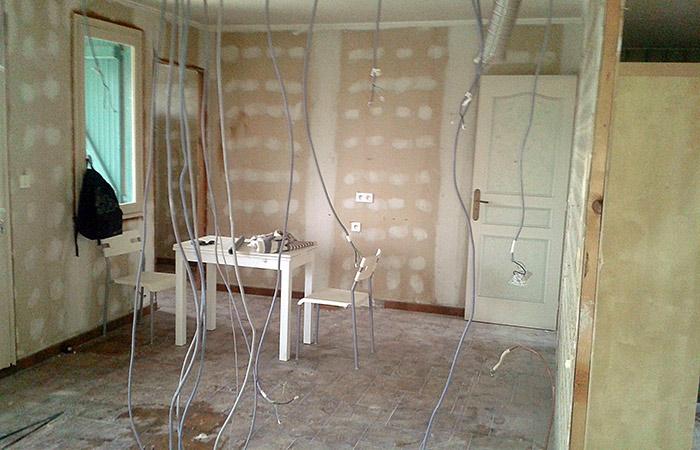 04-renovation-maison-toulouse-placo in Rénovation intérieure + Création garage + Terrasse - Maison à St-Orens (31)