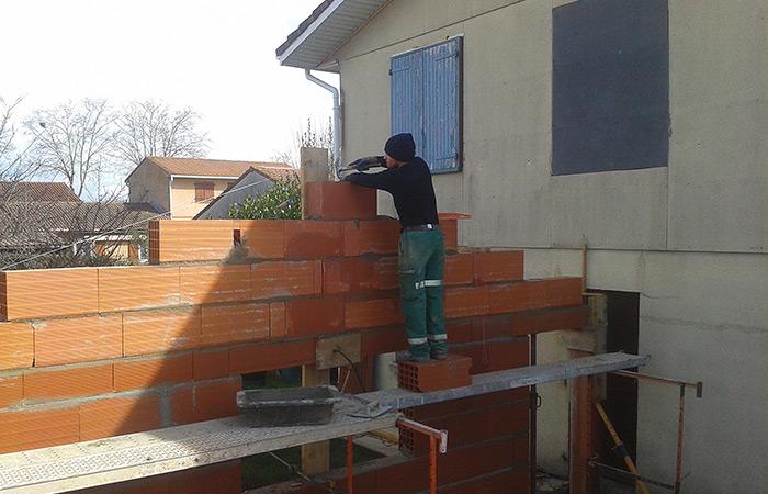 13-renovation-construction-garage-murs-briques in Rénovation intérieure + Création garage + Terrasse - Maison à St-Orens (31)