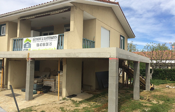 Ebs sur l vation sur l vation extension agrandissement for Terrasse etage maison